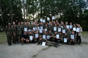 uczestnicy Ekspedycji Orląt z dyplomami